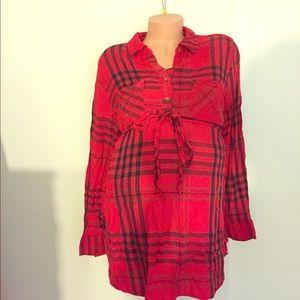 Liz Lange red plaid maternity shirt size L